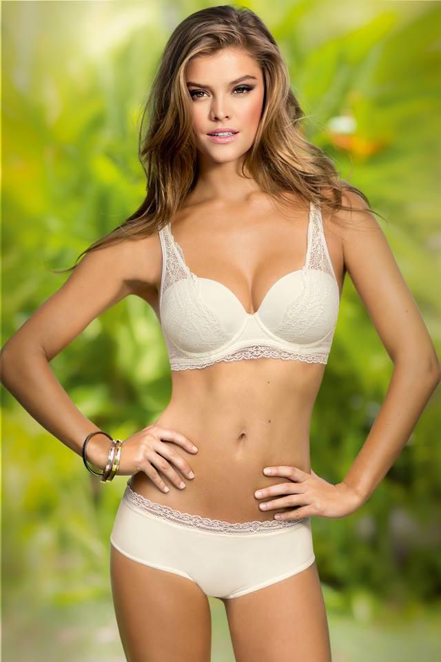 Nina Agdal Bikini Photos
