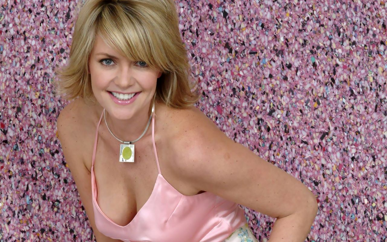 images Amanda Tapping
