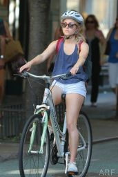 AnnaSophia Robb Riding a Bike in New York City - June 2014