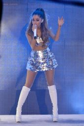 Ariana Grande - 2014 MuchMusic Video Awards in Toronto