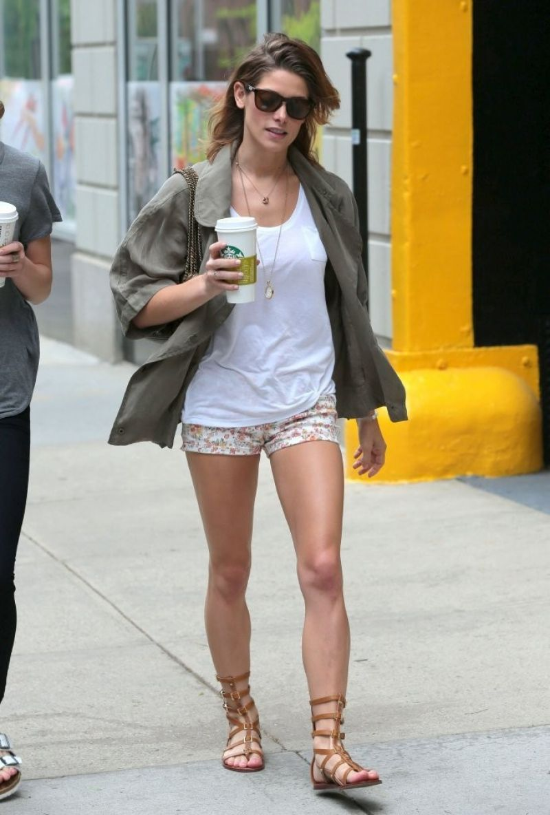 Ashley Greene Showing off Her Toned Legs in New York City - June 2014