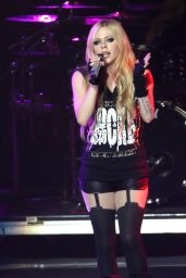 Avril Lavigne Performing in Las Vegas - May 2014
