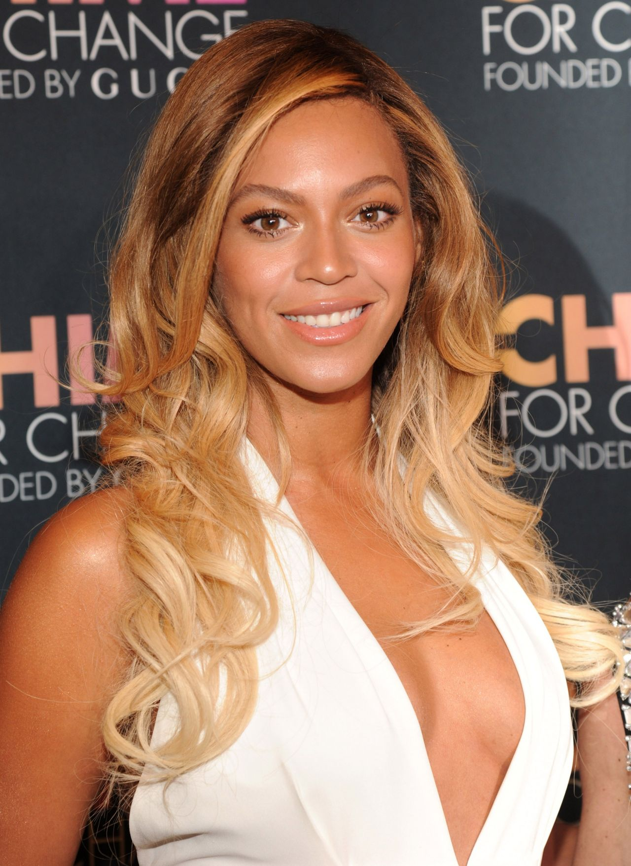 Beyonce - 2014 Chime for Change Event