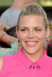 Busy Philipps -