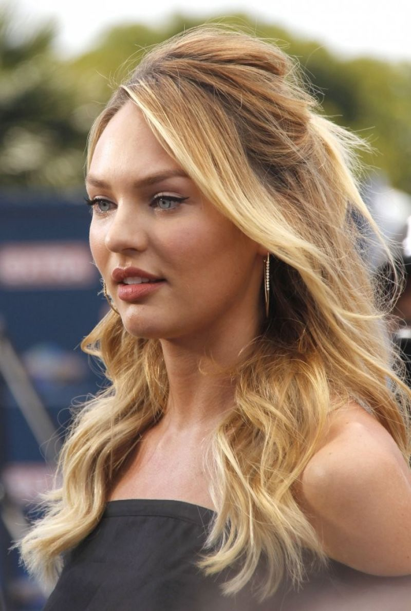 Candice Swanepoel Extra Set Photos In Universal City
