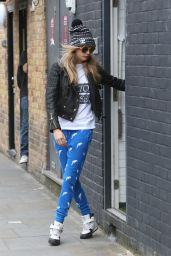 Cara Delevingne Street Style - Out in Notting Hill - June 2014