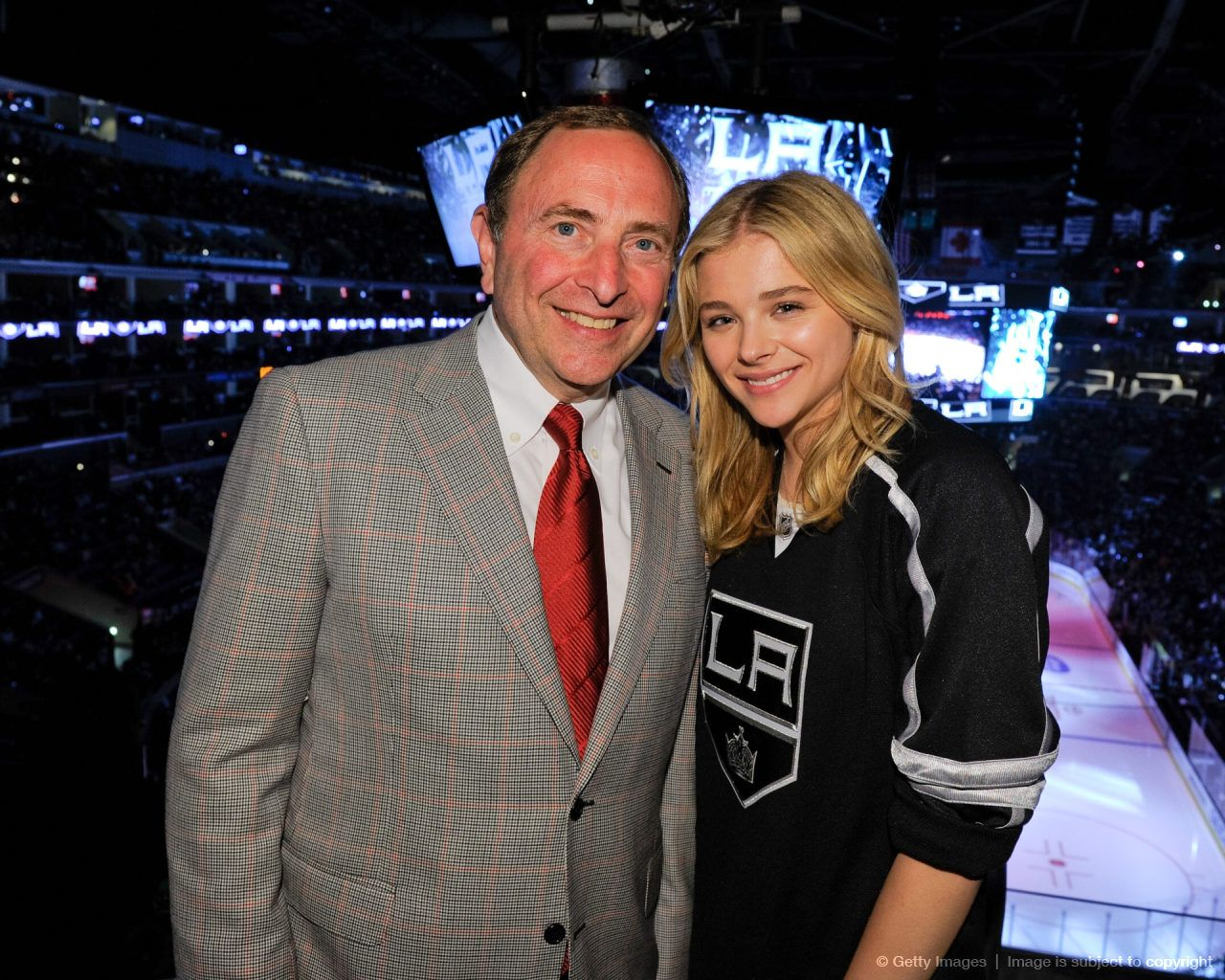 Chloe Grace Moretz - Rangers vs Kings, Staples Center in Los Angeles - June 2014