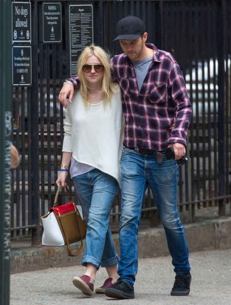 Dakota Fanning and Boyfriend Out in NYC - June 2014 Dakota Fanning Boyfriend