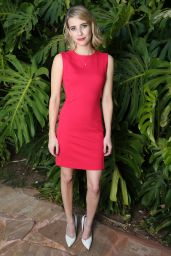 Emma Roberts - 2014 Maui Film Festival Shining Star Award in Wailea, Hawaii