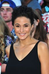 Emmanuelle Chriqui on Red Carpet -