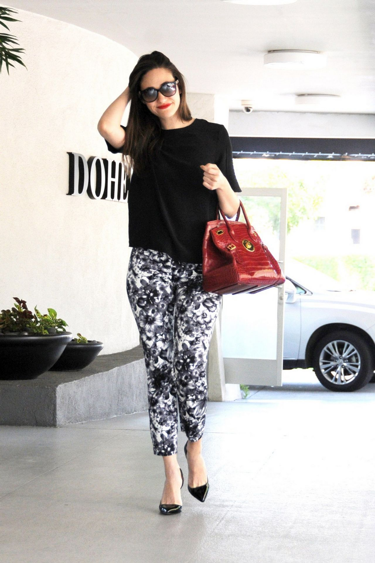 Emmy Rossum Arriving at Doheny Plaza in West Hollywood - June 2014