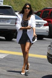 Eva Longoria Displays Toned Legs - Cafe Med in Hollywood - June 2014