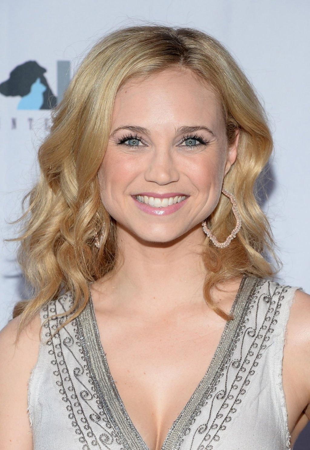 Fiona Gubelmann - More Than a Cone art Auction & Campaign Launch - Los Angeles, June 2014