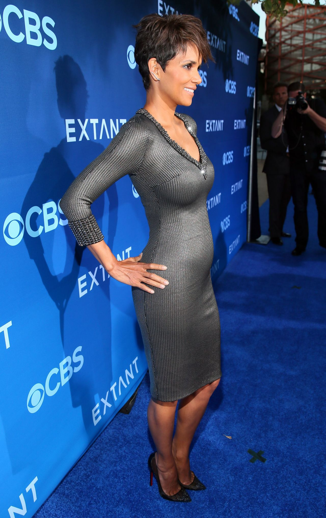Halle Berry Extant Premiere In Los Angeles