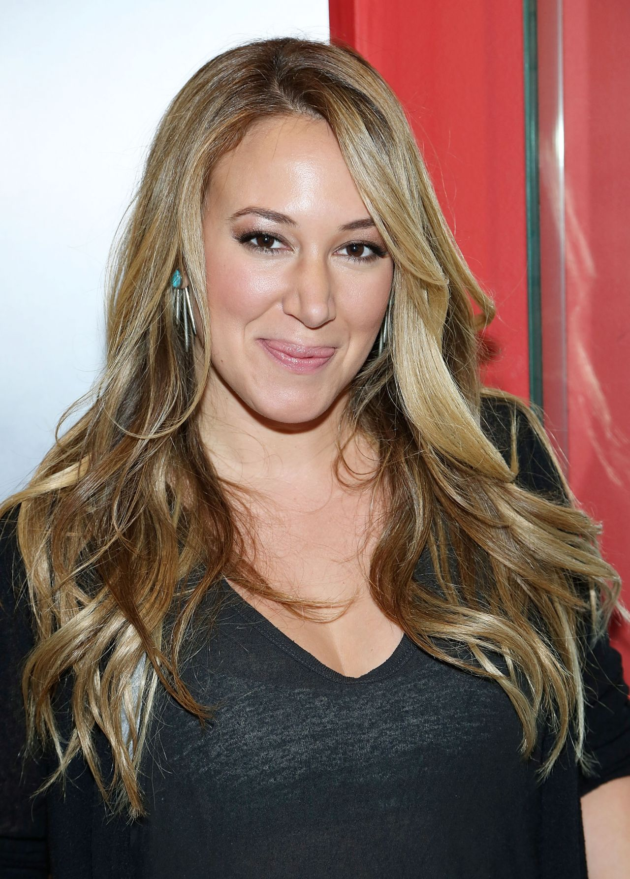 Haylie Duff Broadway Steak N Shake In New York City To