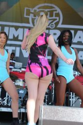 Iggy Azalea - Live at Hot 97 Summer Jam 2014 - MetLife Stadium in New Jersey