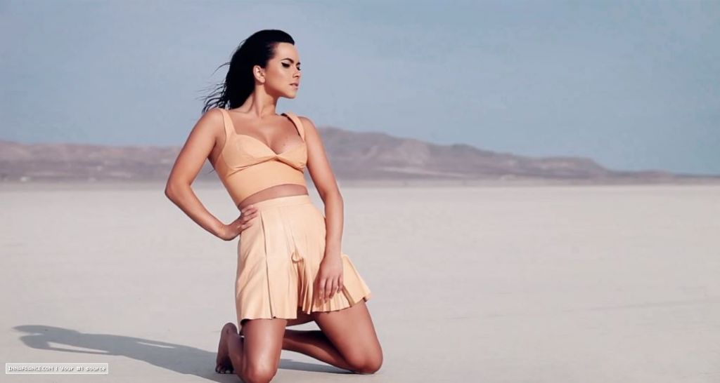 Inna - Cola Song Photoshoot 2014