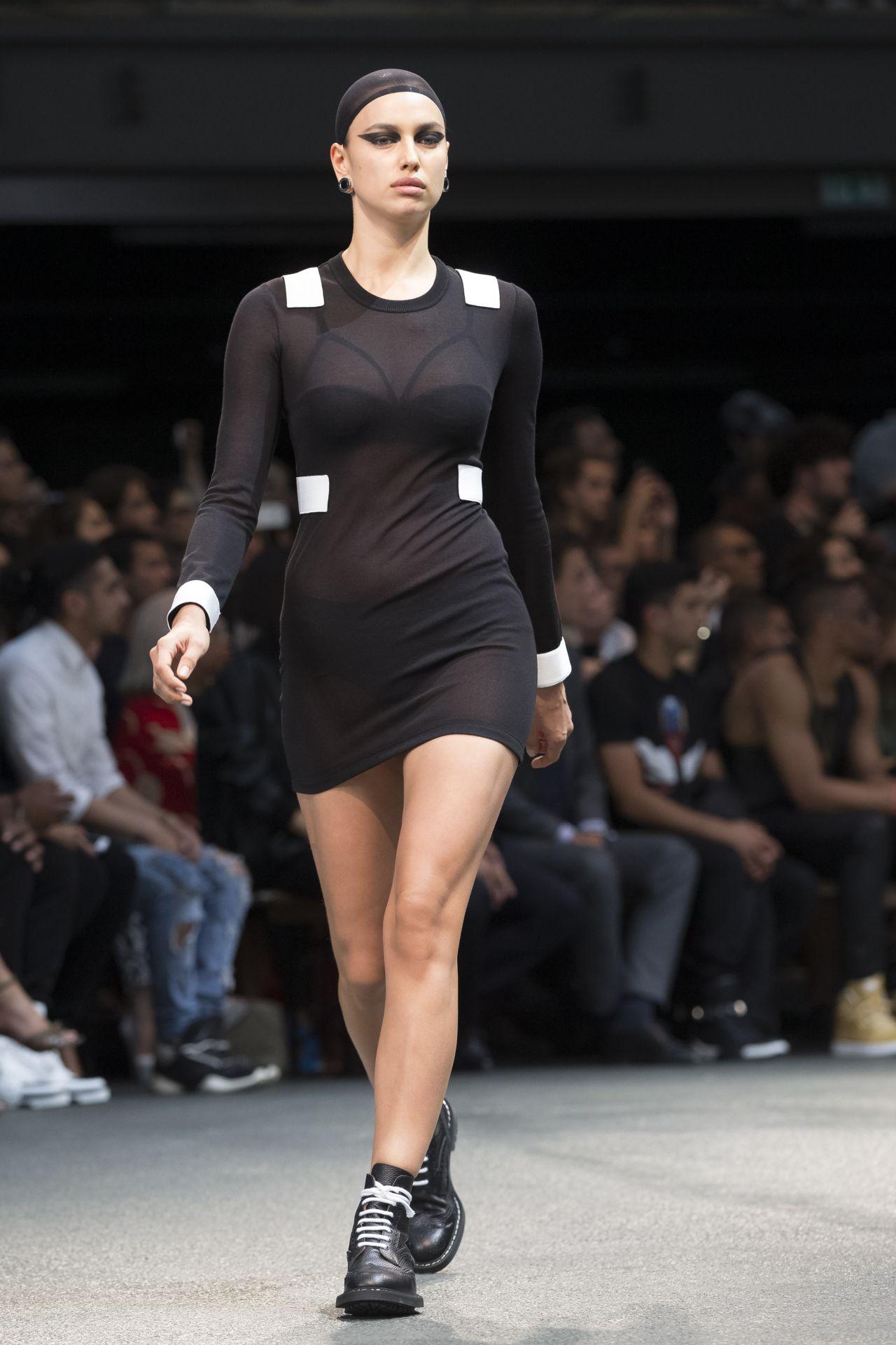 fashion Model irina shayk