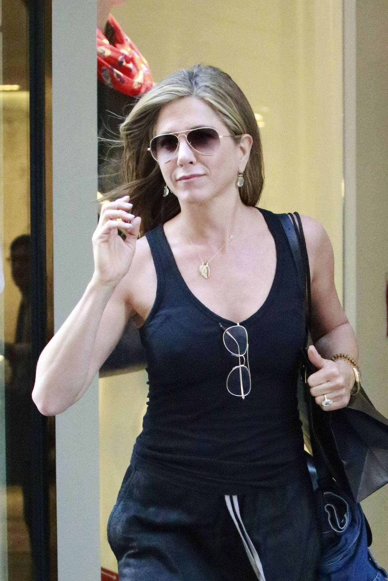 Jennifer Aniston – Leaving Barneys in New York City - June 2014