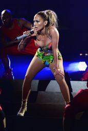 Jennifer Lopez - 2014 iHeartRadio Ultimate Pool Party in Miami Beach