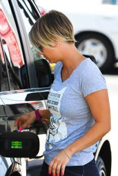 Kaley Cuoco at a Gas Station in Los Angeles - June 2014