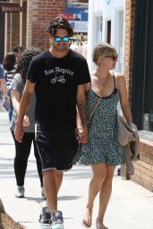 Kaley Cuoco Street Style - Out in Venice Beach - June 2014