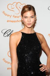 Karlie Kloss – 2014 Happy Hearts Fund Gala – Tribute of the Indian Ocean Tsunami