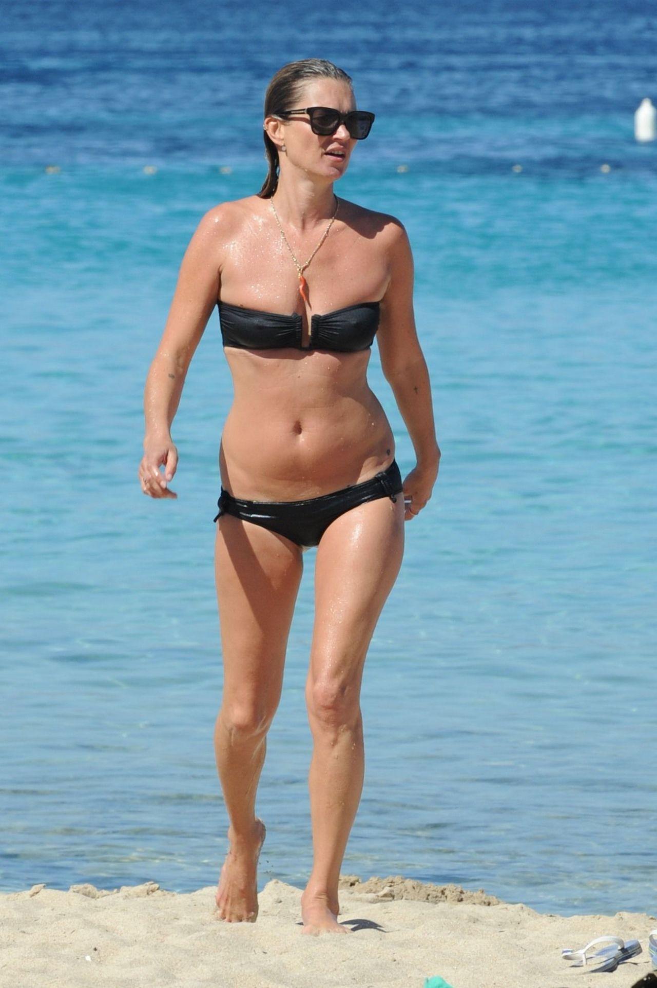 kate-moss-in-bikini