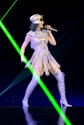 Katy Perry – 'The Prismatic World Tour' Concert at Verizon Center in Washington, DC