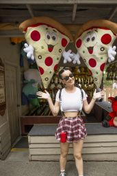 Katy Perry Visiting Dollywood in Tennessee - June 2014