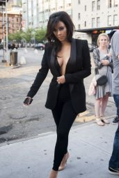 Kim Kardashian in a All-Black Ensemblee - Out in New York City - June 2014