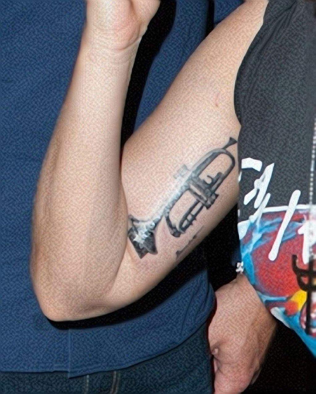 Lady Gaga Gets Trumpet Tattoo On Her Upper Arm Tattoo