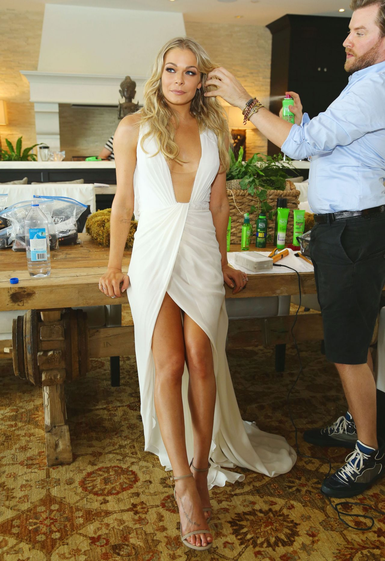 leann rimes hair style getting dolled up at home for the. Black Bedroom Furniture Sets. Home Design Ideas
