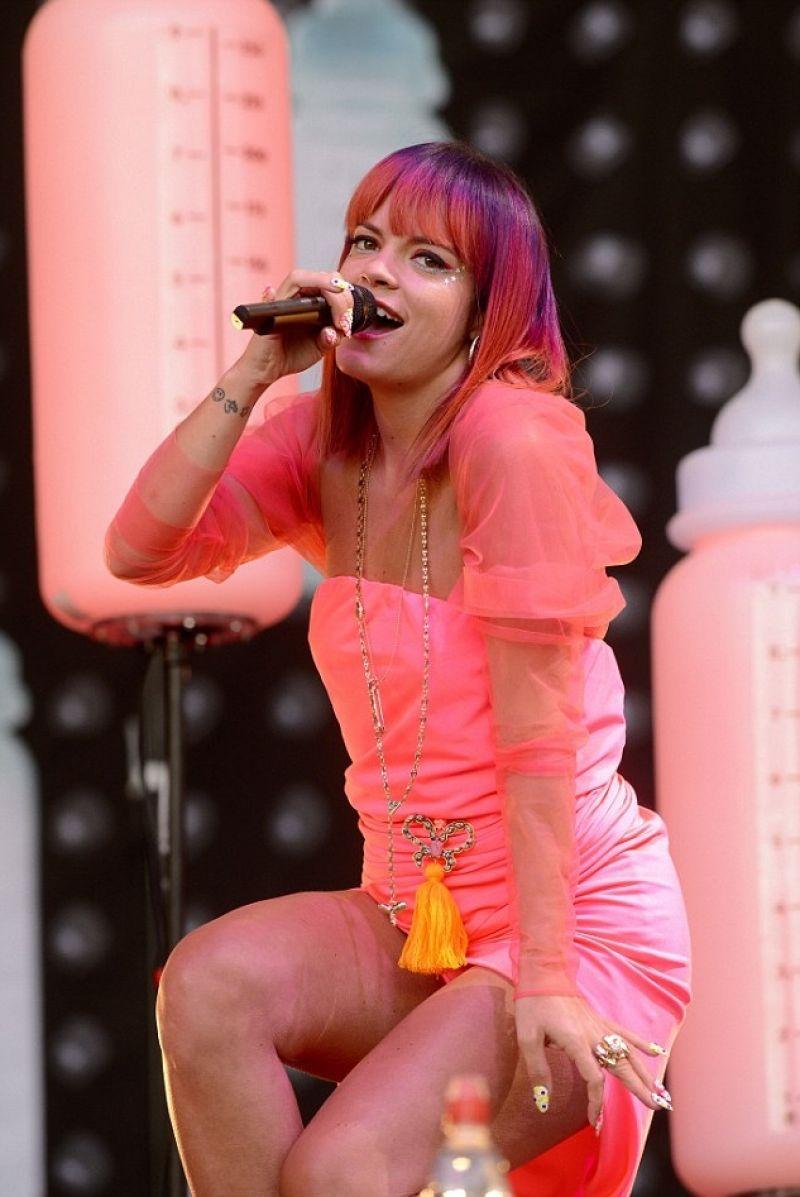 Lily Allen Performs Live At Glastonbury Festival June 2014