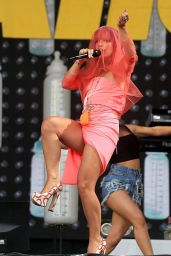 Lily Allen Performs Live at Glastonbury Festival - June 2014