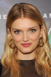 Lily Donaldson - 2014 Fragrance Foundation Awards