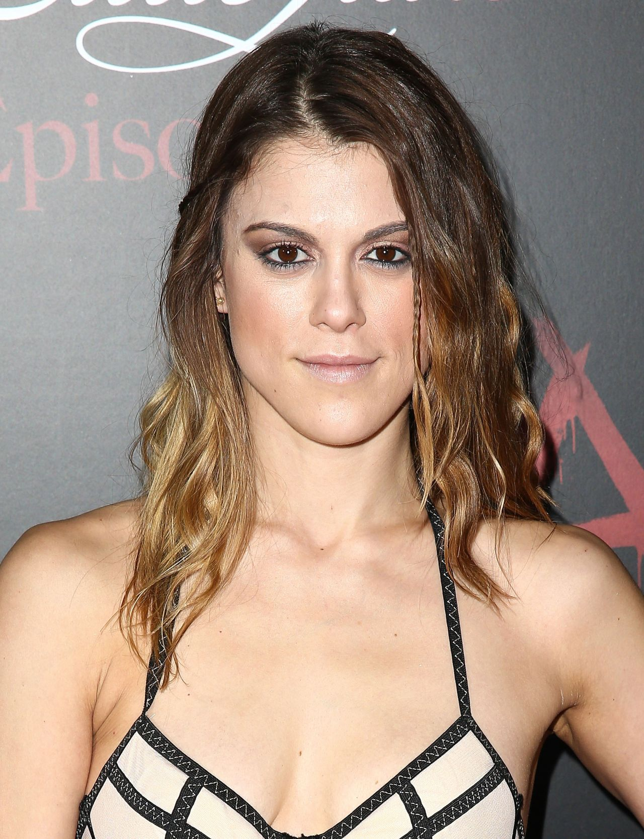 Celebrites Lindsey Shaw naked (23 foto and video), Tits, Leaked, Selfie, swimsuit 2018