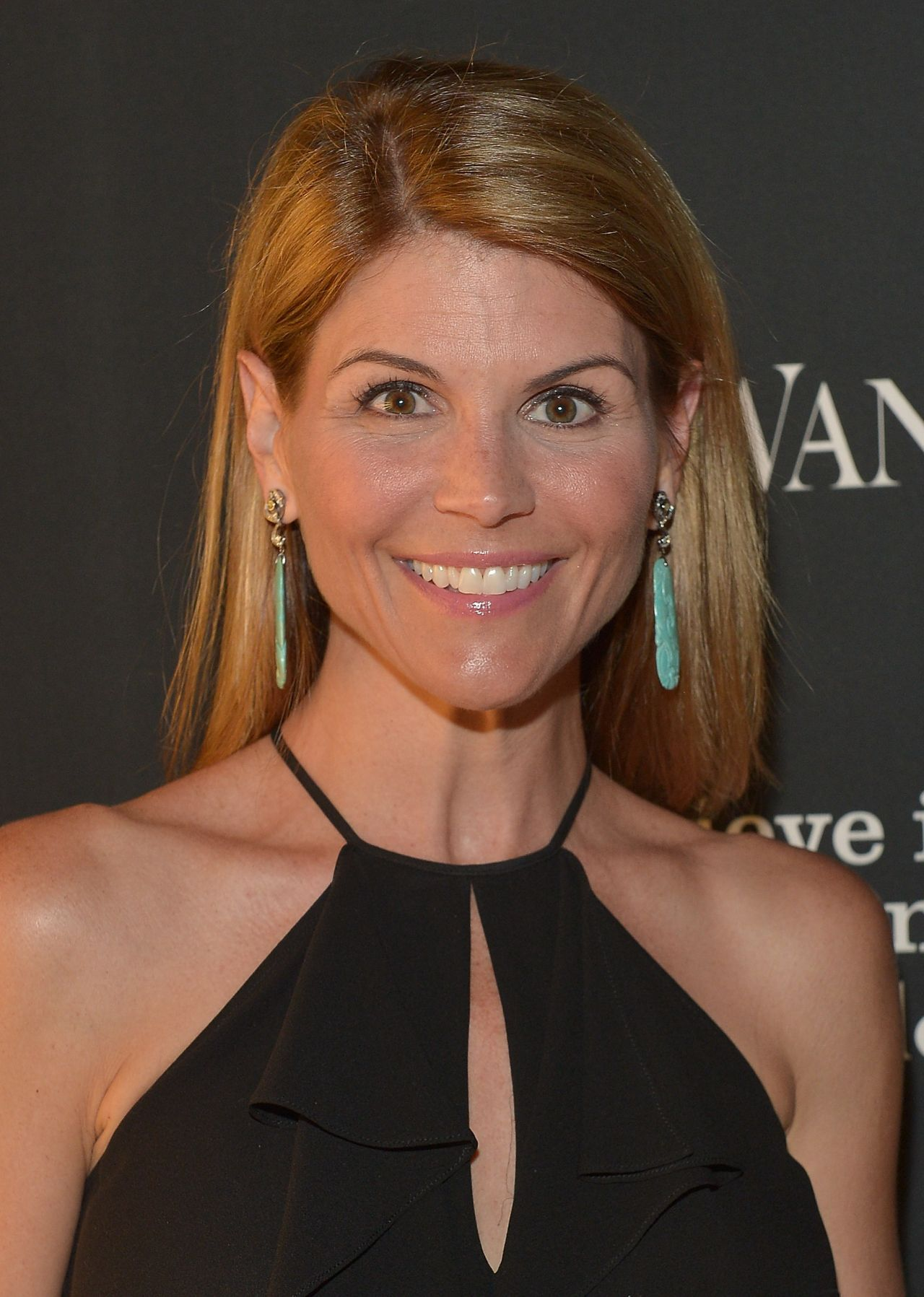Lori Loughlin – Vanity Fair Magazine Celebrates The Opening Of Vera Wang in Beverly Hills