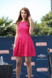 Maria Menounos on the set of