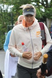 Maria Sharapova Arrives at London
