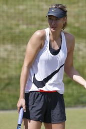 Maria Sharapova – Practice Session Ahead of 2014 Wimbledon Championships in London