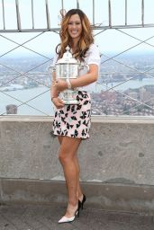 Michelle Wie - Empire State Building in New York City - June 2014