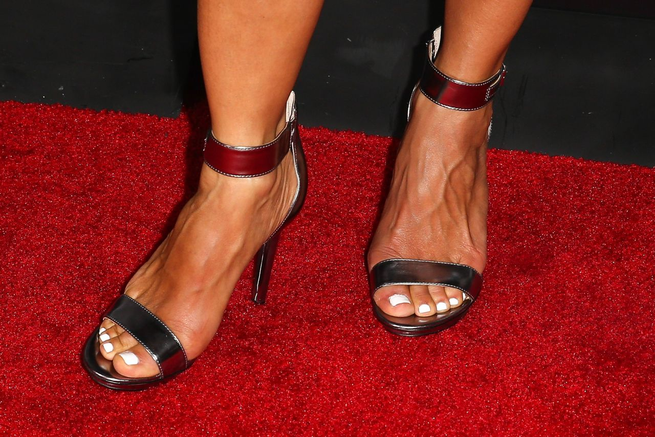 Kaia Kanepi Wikifeet: 'Pretty Little Liars' 100th Episode