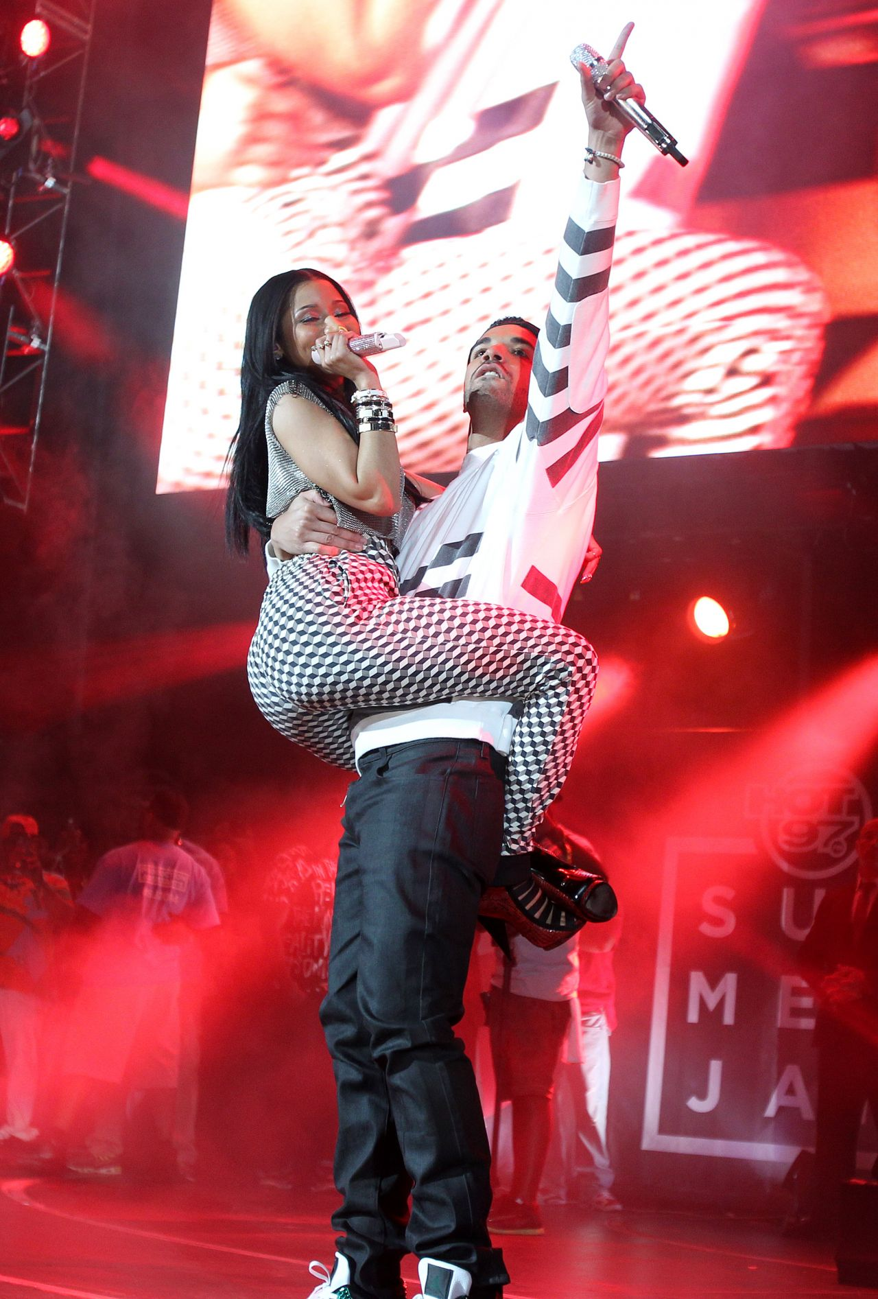 Nicki Minaj and Drake Performs at Hot 97 Summer Jam in New Jersey - June 2014