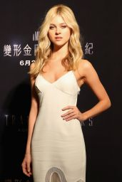 Nicola Peltz at