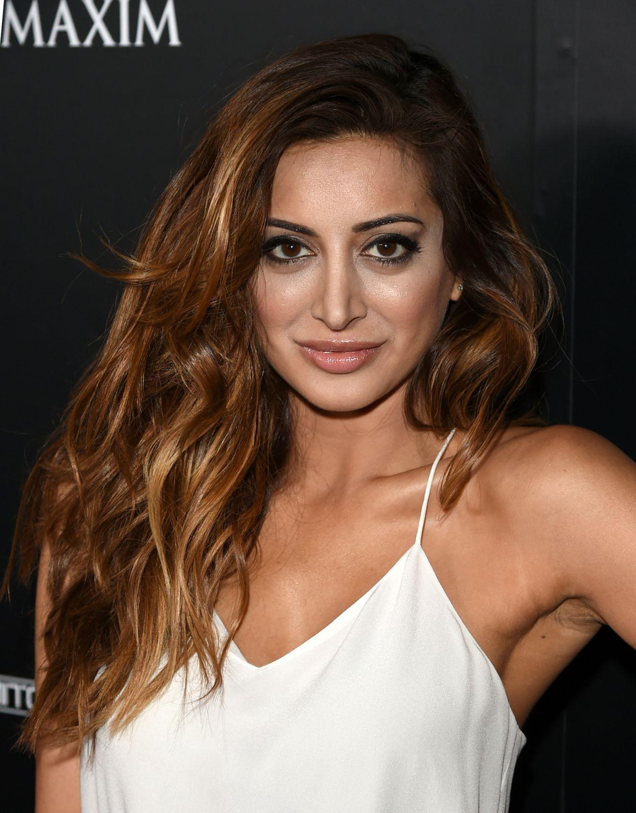 Noureen DeWulf Attends Maxim