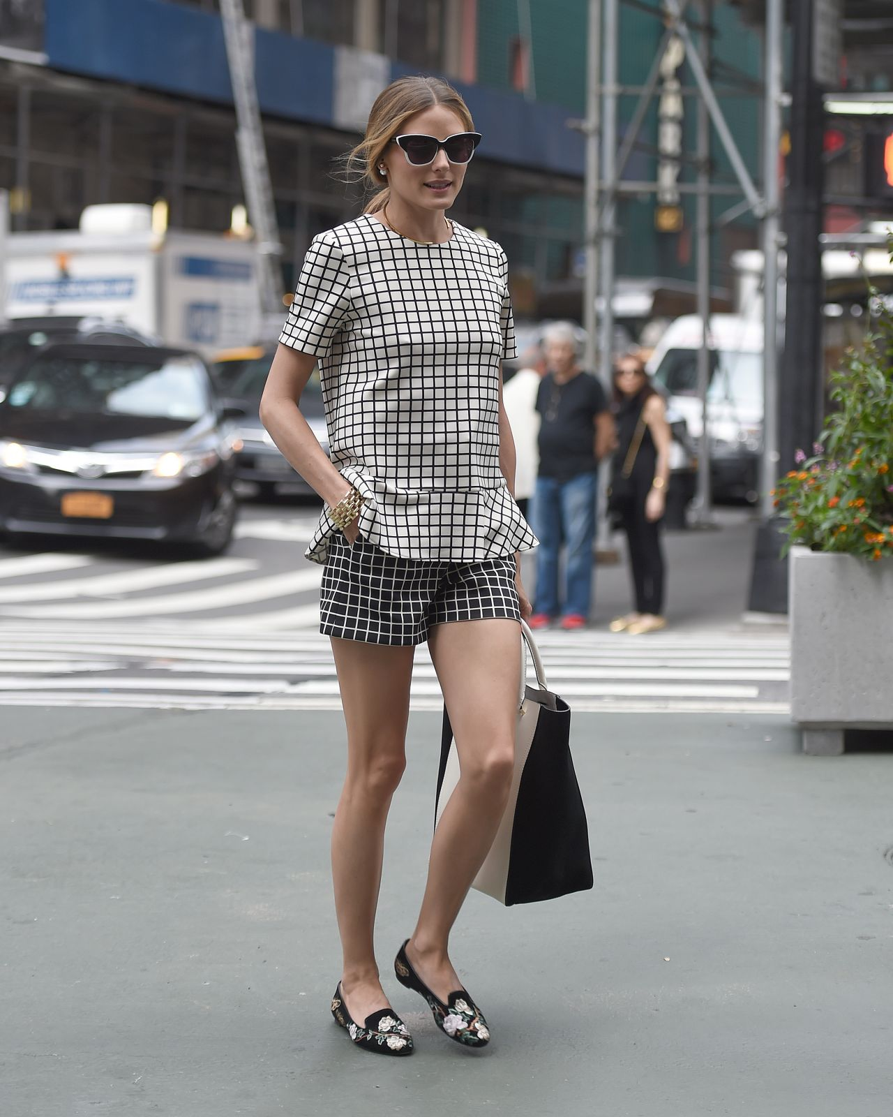 Olivia Palermo Casual Style - Out in New York City - June ...
