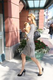 Paris Hilton - Spa & Shopping - June 2014