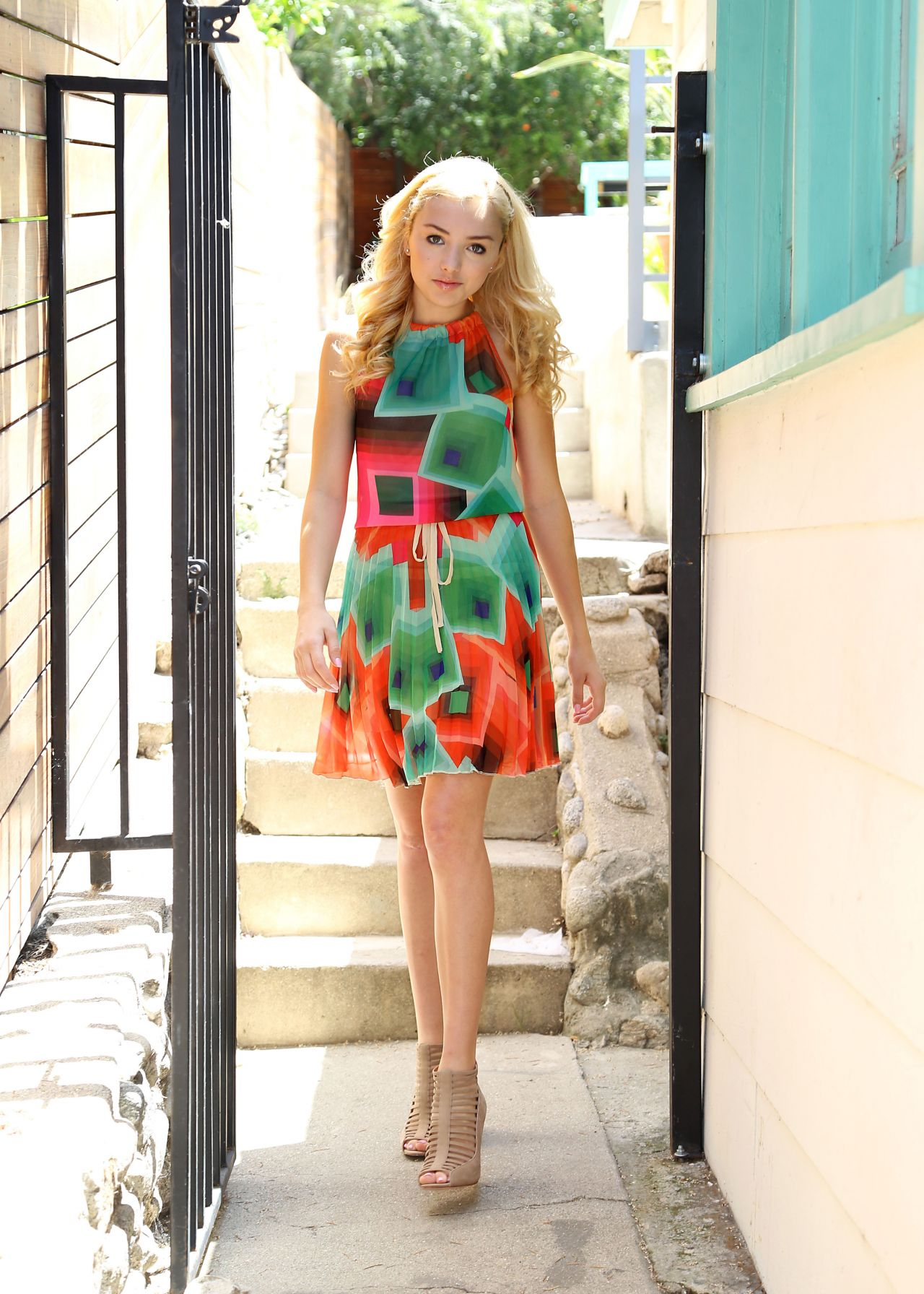 Peyton Roi List Photoshoot in Los Angeles - June 2014