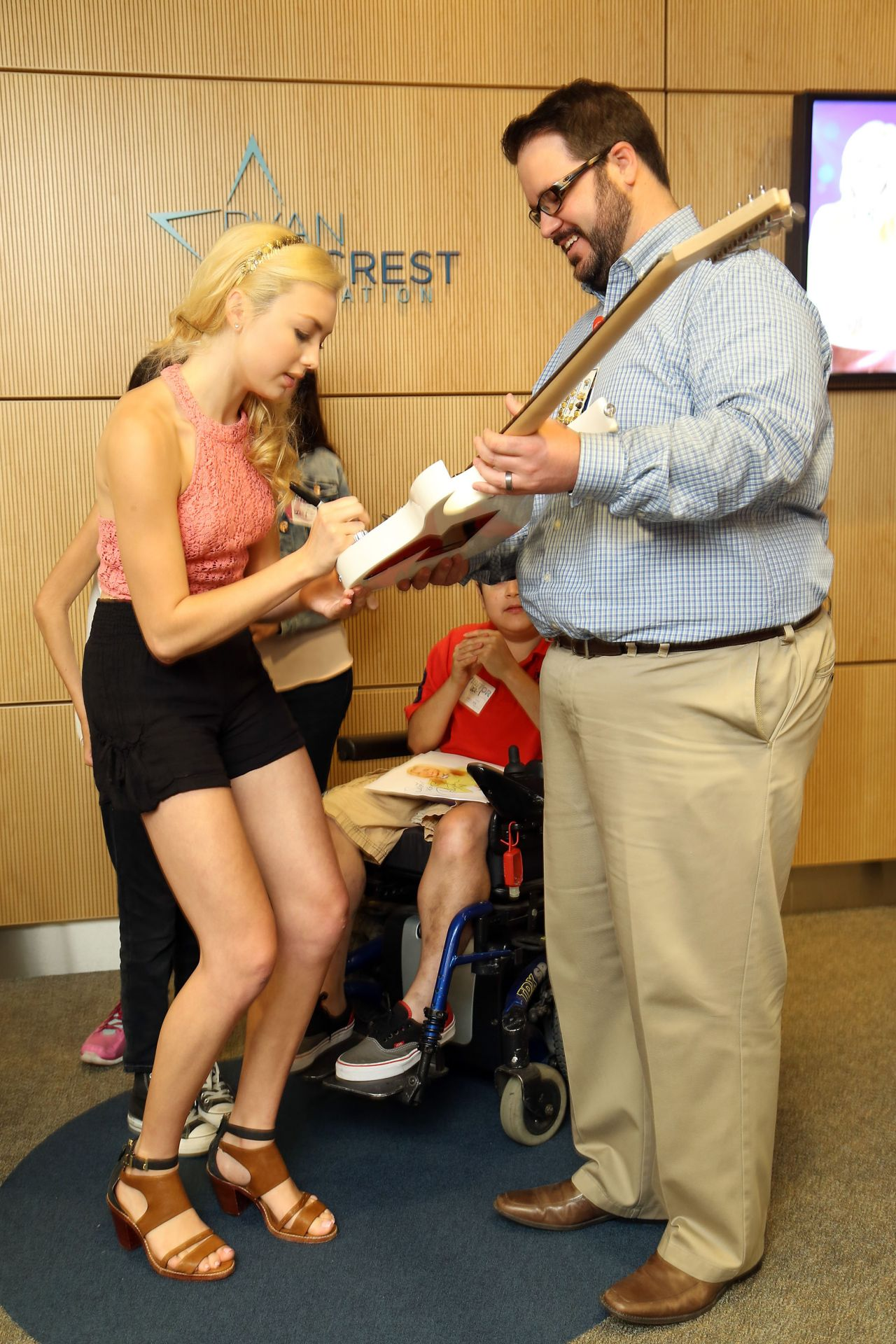 Peyton Roi List - Ryan Seacrest Foundation at Childrens Hospital - June 2014